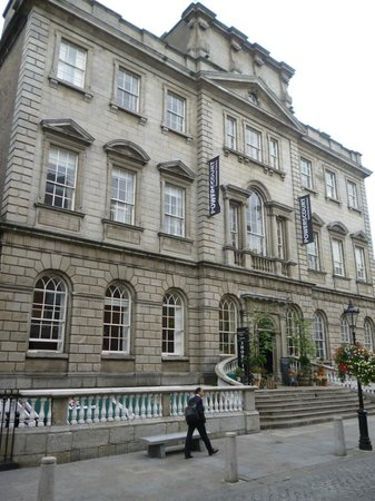 Powerscourt Townhouse Centre : Exterior