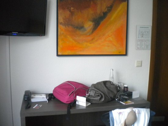 art & business Hotel: Single room
