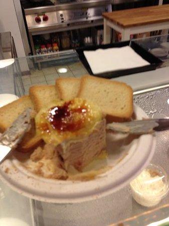 Mercado Victoria: milhojas de foie en Kisko Garcia