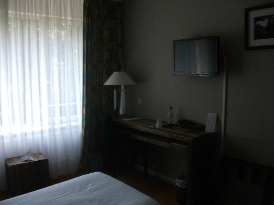 New Hotel Charlemagne : quarto
