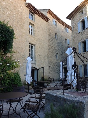 Hotel Crillon le Brave: One of buildings and terraces