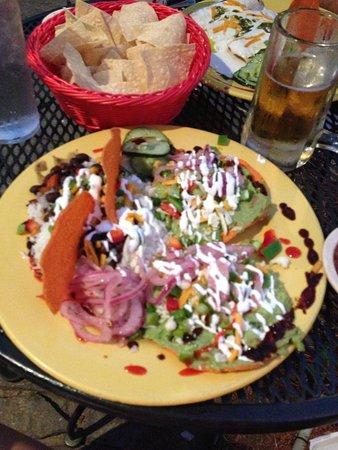 Rolando's Restaurante : Guacatostadas