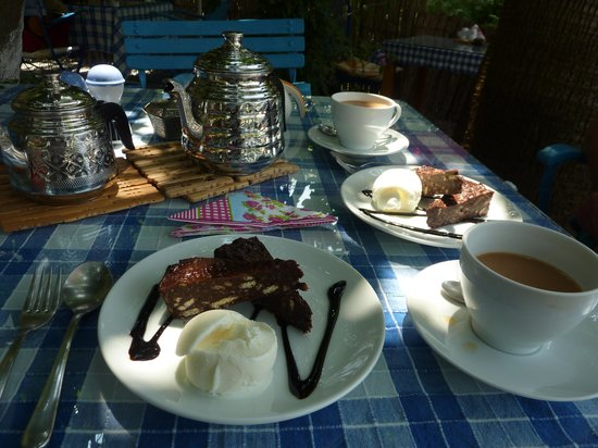 Dalyan Iz Cafe : More yummy cake