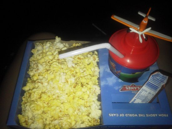 "Hinton, Западная Вирджиния: Snack Pack from ""Planes"" movie 8/31/13"