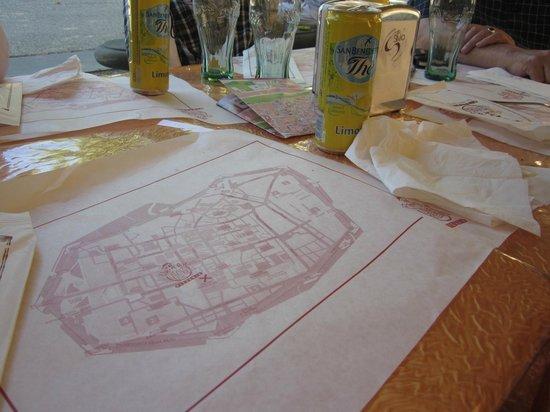 Pizzeria Fuori di Piazza: A paper plate (with map)