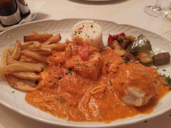 Pizzeria Capri: Pescado relleno de gamba