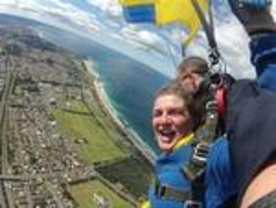 Skydive Sydney-Wollongong: Coming back down to earth