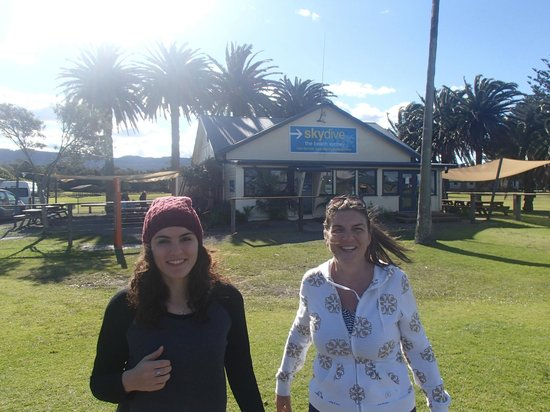 Skydive Sydney-Wollongong: Back down to earth with Kyrani