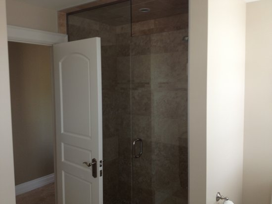 124 on Queen Hotel and Spa : Deluxe Shower