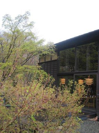 Muragen: Minimal Japanese architecture.