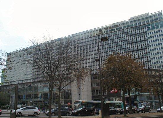 Gare montparnasse picture of jardin atlantique paris for Jardin atlantique