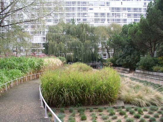 jardin atlantique paris curving pathway - Jardin Atlantique