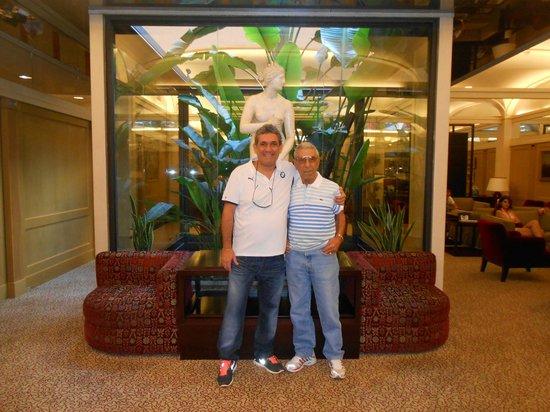 Hotel dei Borgognoni: la ultima foto, que me saqué con papá en vida!!!