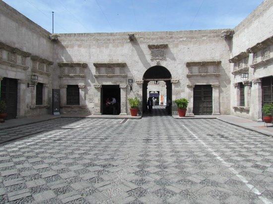 Los Tambos: Casa Tristan del Pozo