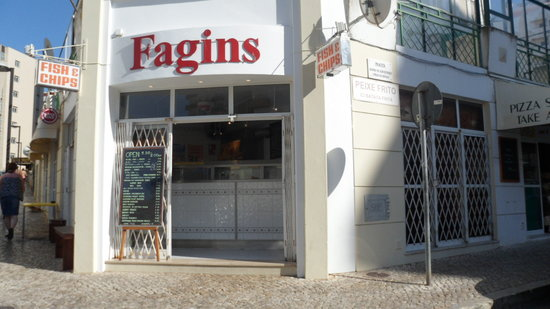 FAGINS FISH AND CHIP SHOP : doors open 17.30 - 2.00 hrs - closed Sunday