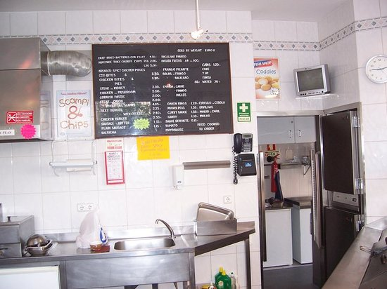 FAGINS FISH AND CHIP SHOP : place your order at the counter