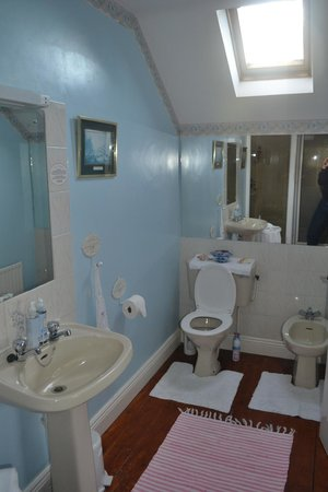 Tigh Cathain : Bathroom