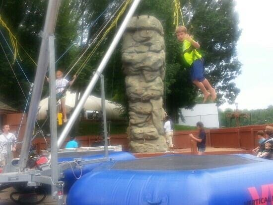 Rocking Horse Ranch Resort: rylee and chace in the air having a blast!