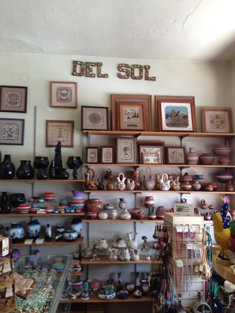 Del Sol International Shops