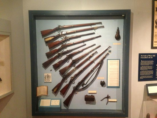 Virginia War Museum: Civil War (Union & Confederate) - Infantry weapons.