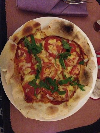Marco Polo Shenzhen: Margherita Pizza - rom service