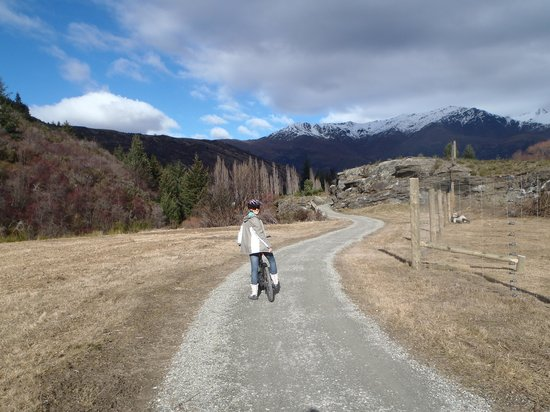 Arrowtown Bike Hire: View from the track