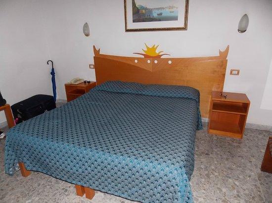 Hotel Club Sorrento: *