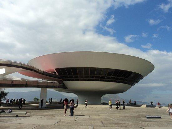 Museum of Contemporary Art: MAC Niterói