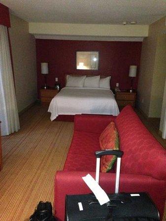 Residence Inn Hartford Windsor: bed