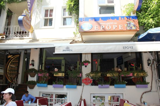 Epope Cafe & Restaurant