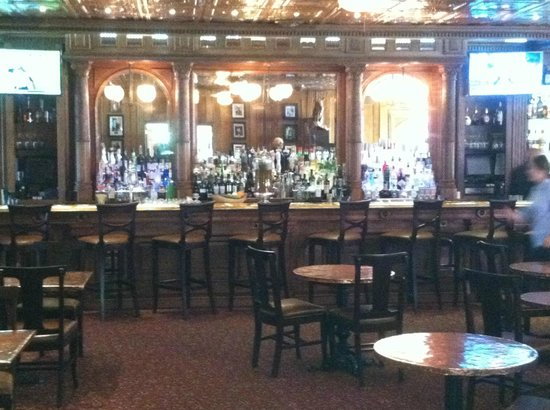 The Overlook at the Stanley Historic District : The bar Area