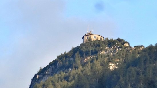 Hotel Edelweiss: The Eagle's nest from our room