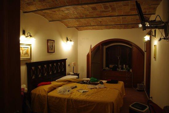 Hotel Gea di Vulcano: bedroom - main