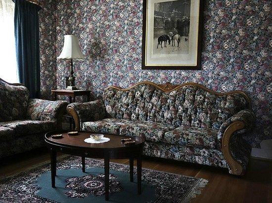 Kelly & King House Bed & Breakfasts : Kelly House Livingroom