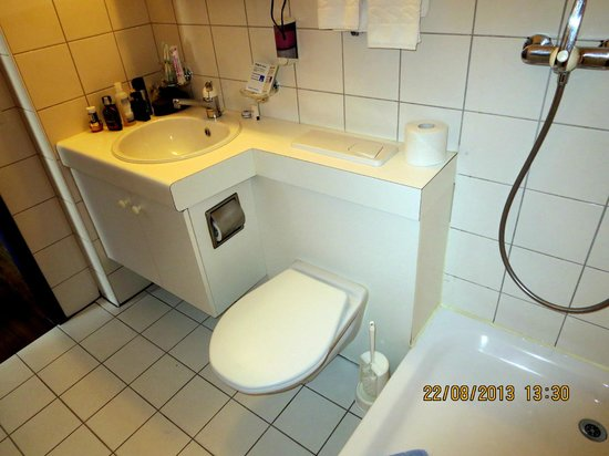 Alte Brauerei Hotel-Restaurant: Badezimmer