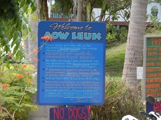 Aow Leuk Bay: arrivé a lentree de la plage
