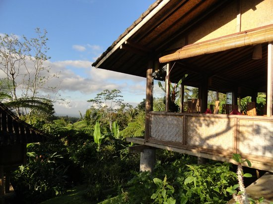 Bali Mountain Retreat: View of the dining area