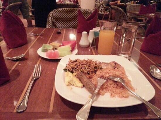 Aryaduta Makassar: Saat Sahur