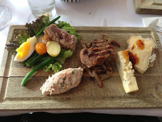 """Cafe Wilder : The lunch option """"frokosttallrik"""""""