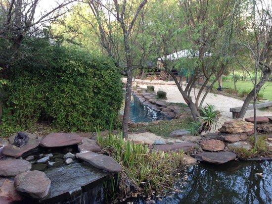 Thula Manzi Guest Lodge