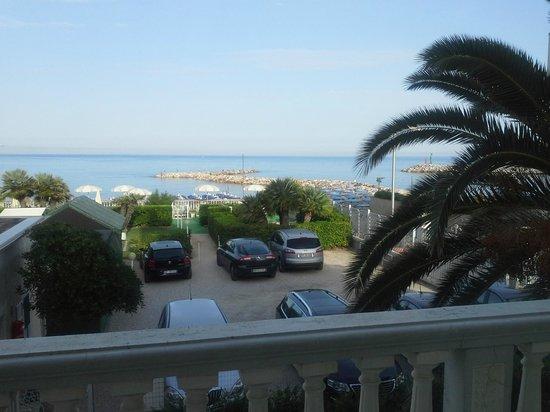 Residence Villa Piani: La vista mare