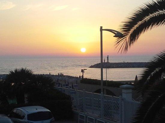 Residence Villa Piani: ...i tramonti...