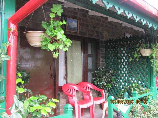 Mystic Mukteshwar Lodge : Our Room