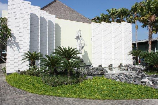 Danoya Villa - Private Luxury Residences: Front of Danoya