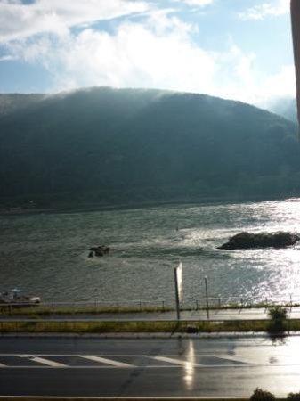 Rheinhotel Lamm: Our view from room 34