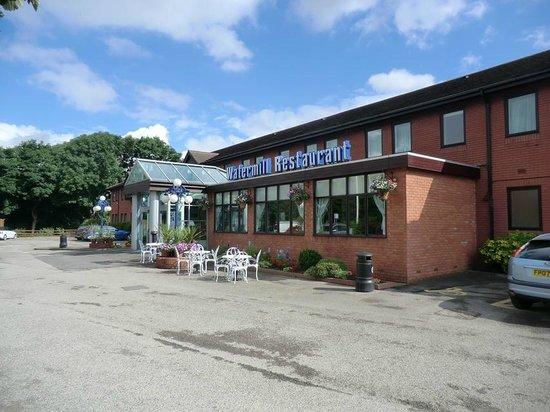 Best Western Plus Milford Hotel: The Hotel