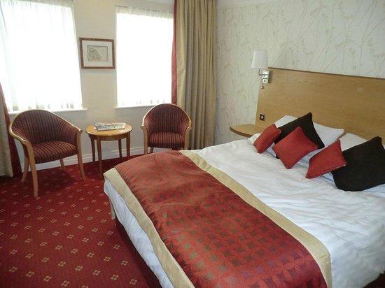 Best Western Plus Milford Hotel: Room