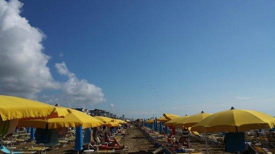 Hotel Torino: Posto in spiaggia