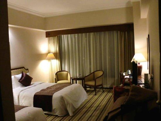 Lansheng Hotel Shanghai: 2泊目の部屋