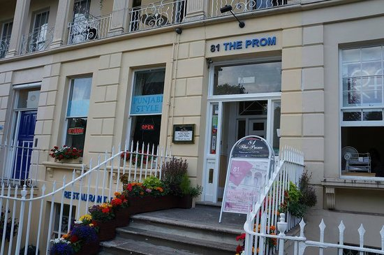 Entrance to 81 The Prom